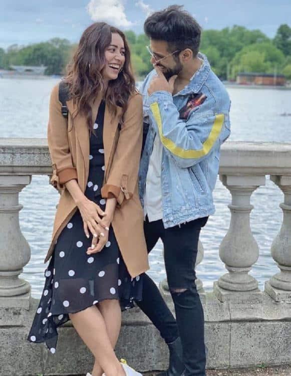 Pavitra Rishta Couple Rithvik Dhanjani And Asha Negi Are Taking A Break From Their Relationship? Read On