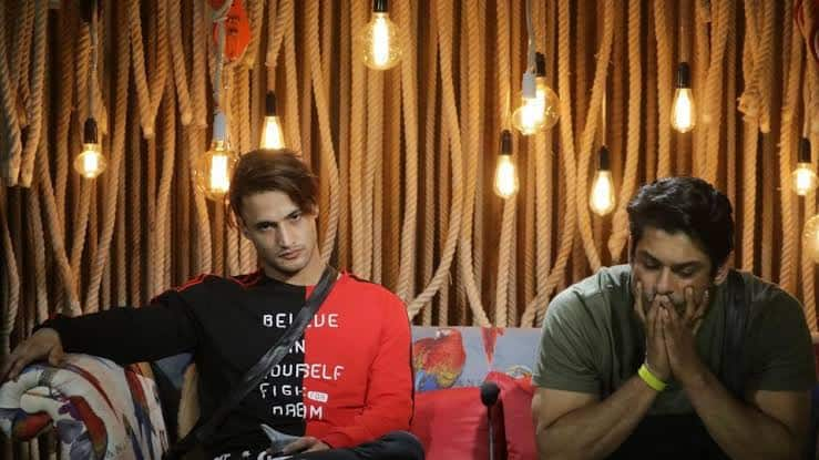 EXCLUSIVE: Bigg Boss 13: Siddharth Shukla Knows He Is Finished And People Are Just Talking About Asim Riaz, Claims Brother Umar