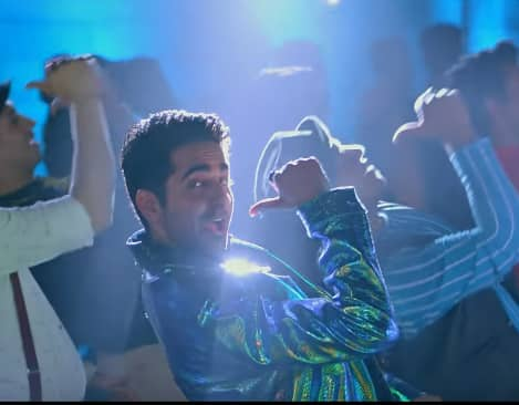 Dream Girl's Gat Gat Song Is The Quintessential Punjabi Party Song! Watch Video...