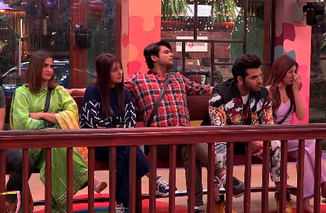 Bigg Boss 13 Preview: Rashami Calls Sidharth A Control Freak; Asim, Paras Interrogated About Their Ever-Changing Relations