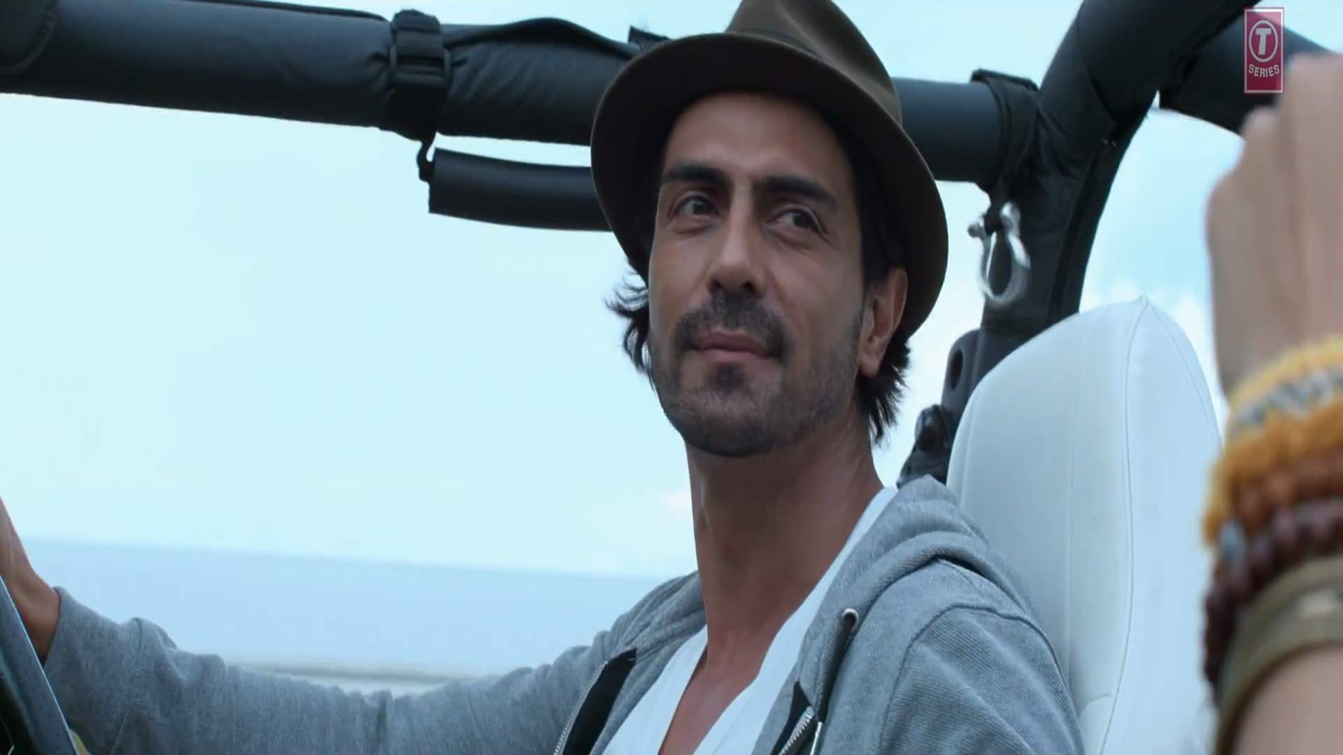 BREAKING: Arjun Rampal's Next Bollywood Outing To Be A Whodunit Thriller!