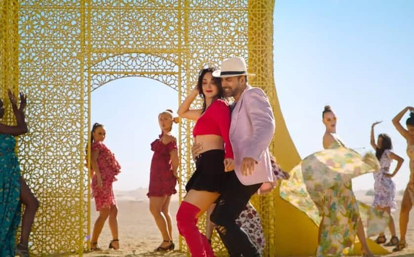 Laxmmi Bomb Song Burjkhalifa: Akshay And Kiara Look Great Together But The Hook Step Will Leave You In Splits