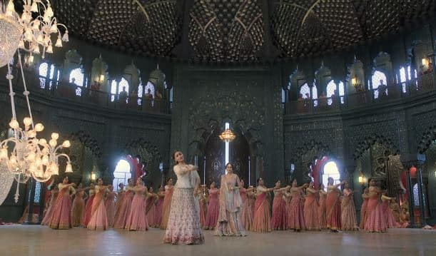 Kalank's Ghar More Pardesiya Song Is A Visual Treat- Thanks To The Sets And Alia's Captivating Dance!
