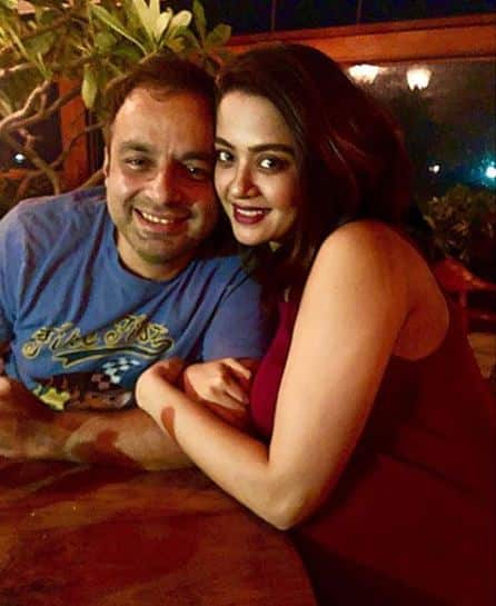 Surveen Chawla Shares The First Picture Of Baby Eva And We Can't Peel Our Eyes Off The Screen