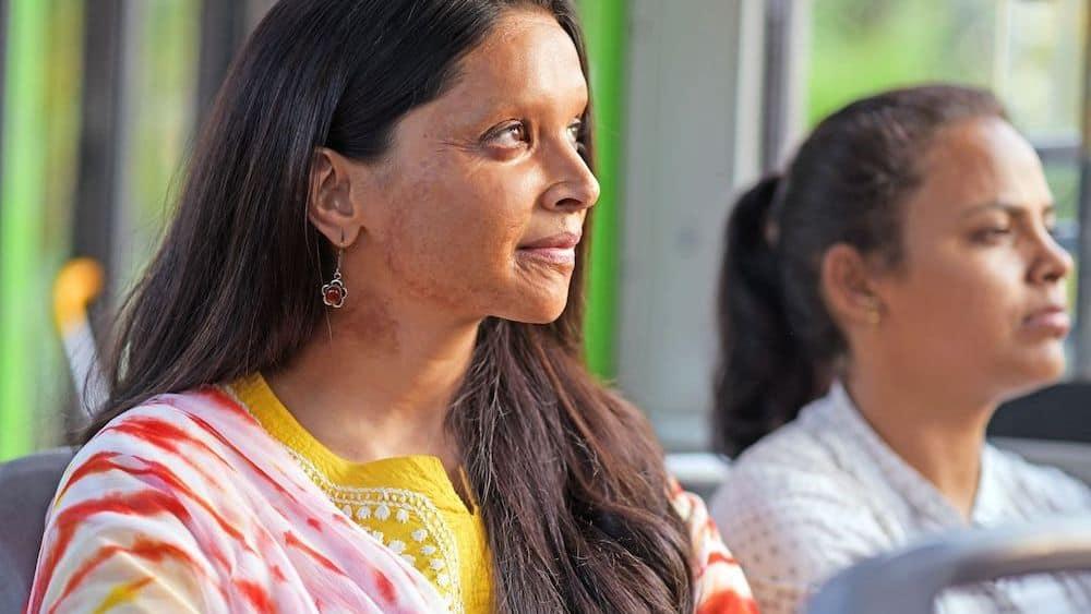 Did Deepika Padukone Reject Aishwarya Rai Bachchan Starrer Nati Binodini Biopic?
