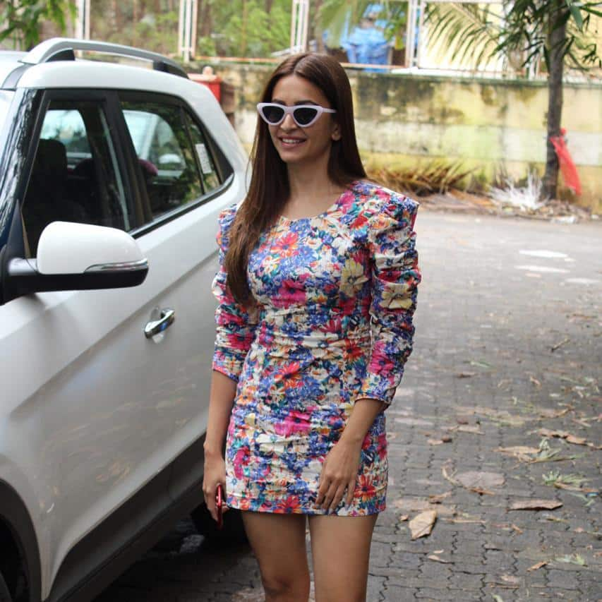 Spotted: Malaika Arora's Gym Look Proves She Is Aging In Reverse, John And Mrunal Thakur Promote Batla House In Style