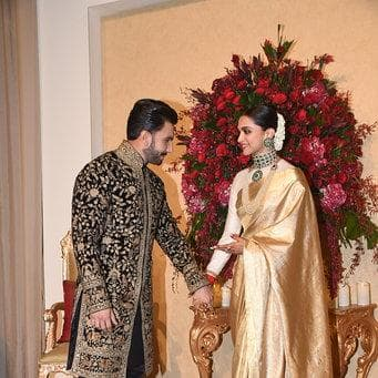Deepveer Wedding: Ranveer Can't Take His Eyes Off Deepika As They Make An Entry To Their Reception!