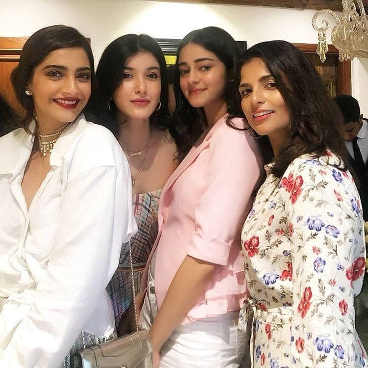 Sonam Kapoor Celebrates Her Birthday With Family And Friends! See Pictures...