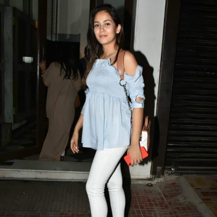 These Outfits Of Mira Rajput Can Be Your Maternity Fashion Inspiration!