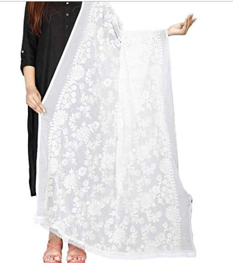 Anushka Sharma's All-White Ensemble Is Sure to Make You Look All Classy And Regal, Get It Here