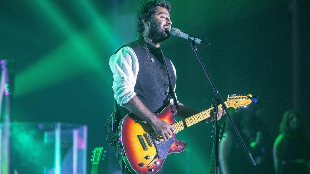 The Non Glamorous Qualities That Make Us Fall Deeply In Love With Arijit Singh - The Person