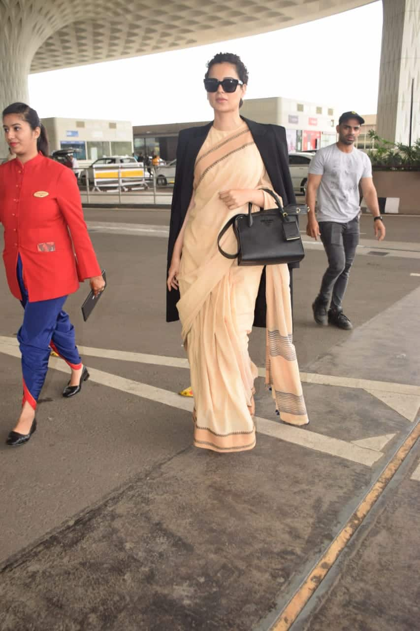 Kangana Ranaut's Airport Look Will Make Sure That People Mistake You For A Celebrity