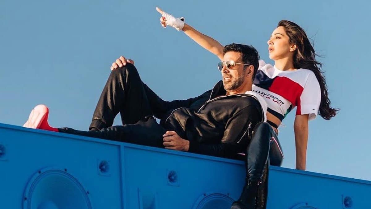 Akshay Kumar Reveals What He Learnt While Shooting Laxmmi Bomb; Calls Sarees Graceful, Comfortable