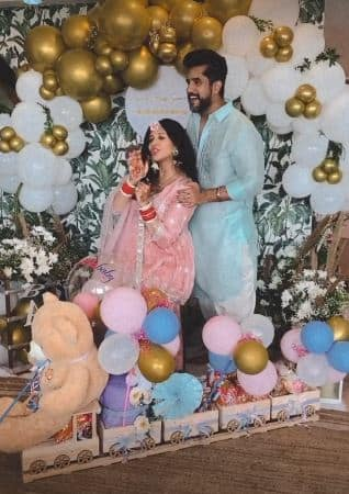 Kishwer Merchantt enjoys a homely baby shower with husband Suyyash Rai and family, actress glows in two different looks