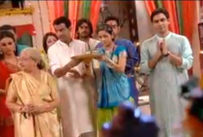 Amazing Things That Keep Happening On Ganesh Chaturthi, But Only In Bollywood And TV Serials