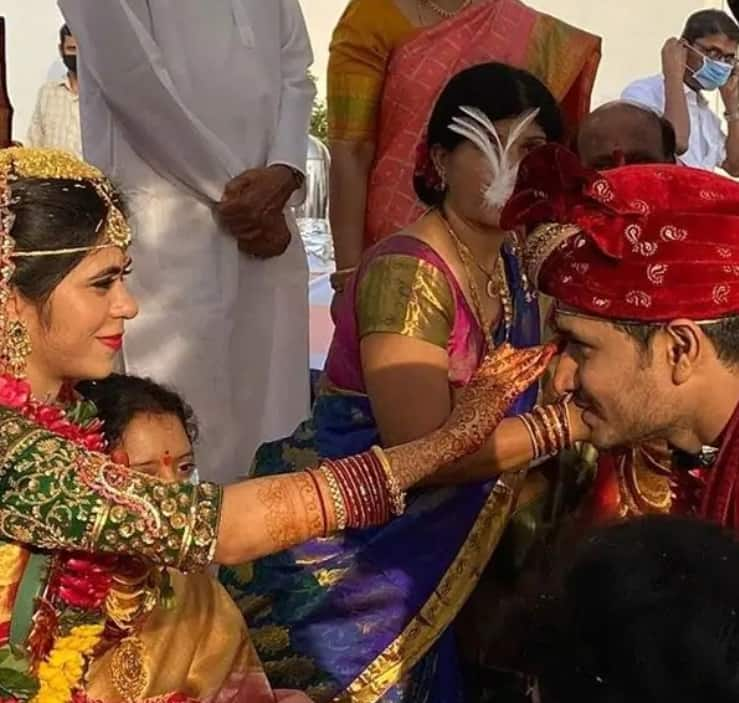 Telugu Actor Nikhil Siddharth Tied The Knot With Pallavi Varma In A Traditional Wedding Ceremony Amidst Lockdown