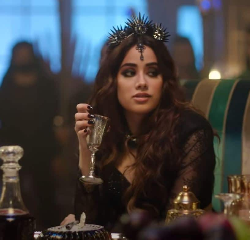 Roohi's Panghat Song Is A Fun Blend Of The Good, The Evil And Some Double Meaning; Watch