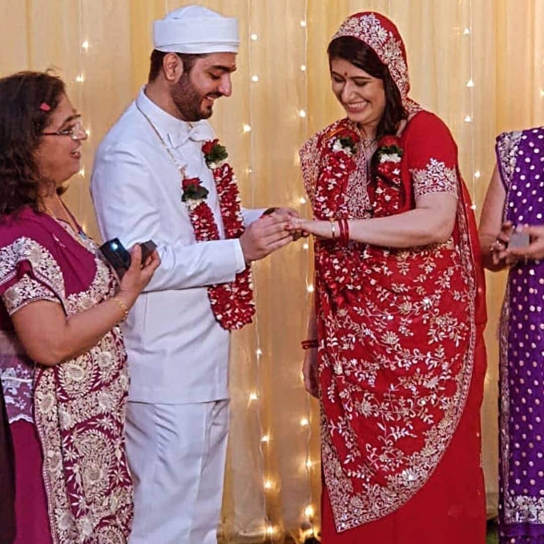 Kuch Kuch Hota Hai Fame Parzaan Dastur Gets Engaged To His Sweetheart Delna Shroff In A Traditional Parsi Ceremony