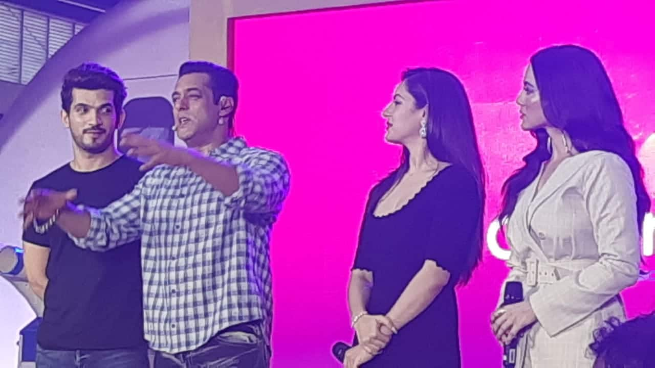 Bigg Boss 13 Launch: Tujh Sang Preet Lagai Sajna Actress Puja Banerjee Is NOT Going Into The House, Still A Part Of The Show