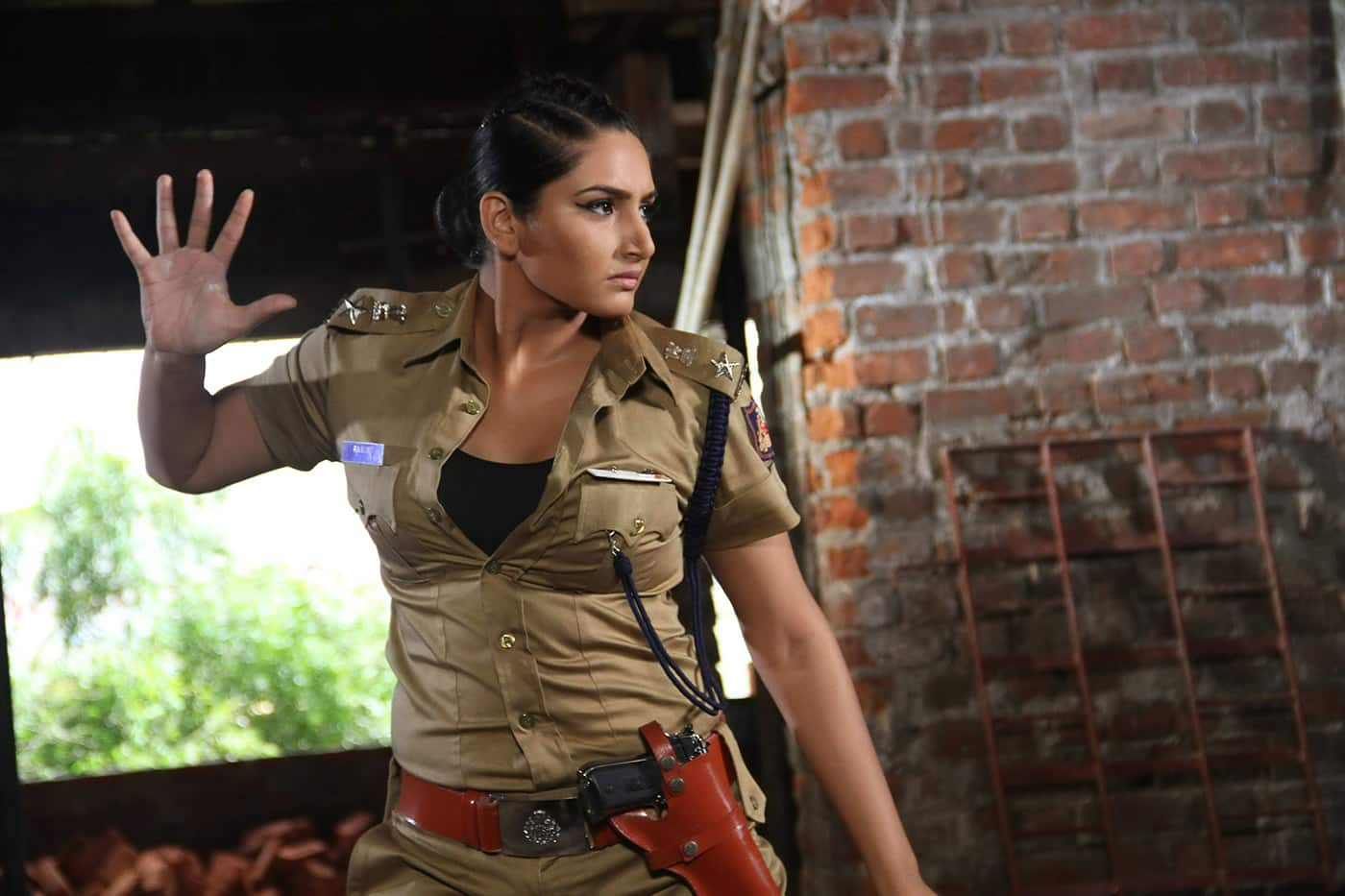 Ragini Dwivedi Is All Set To Play A Cop Again
