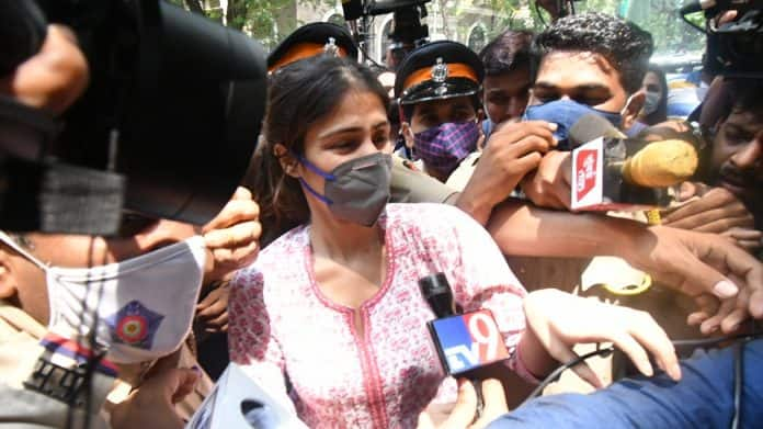 Sushant Singh Rajput Case: Bail Plea Of Rhea Chakraborty, Showik And Others Rejected By Special Court, To Remain In NCB Custody