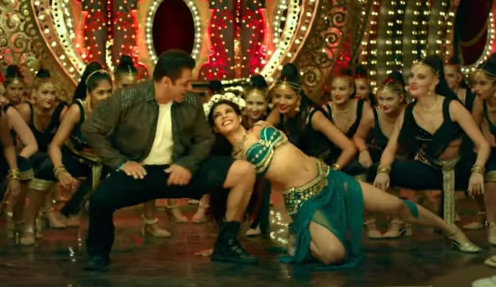 Radhe's Dil De Diya Song Has Salman Lifting His Pants While Jacqueline Moves Around In A Serpentine Motion; Watch