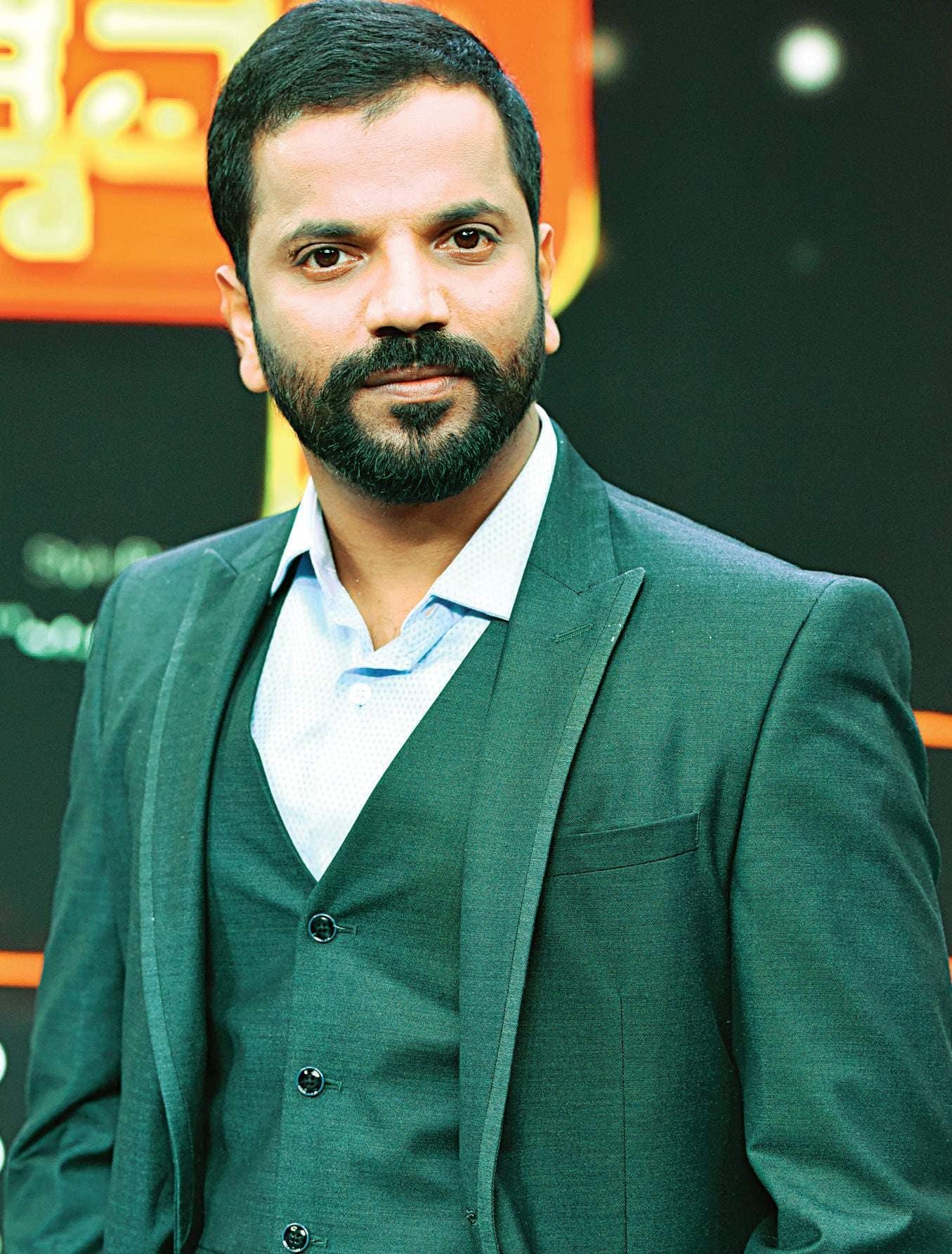 Sathish Ninasan's Tamil Debut Film Will have Real Life Prisoners?