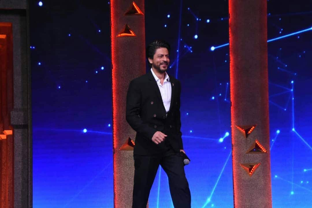 Shah Rukh Khan Assures Fans He'll Announce His Next Project In One Or Two Months
