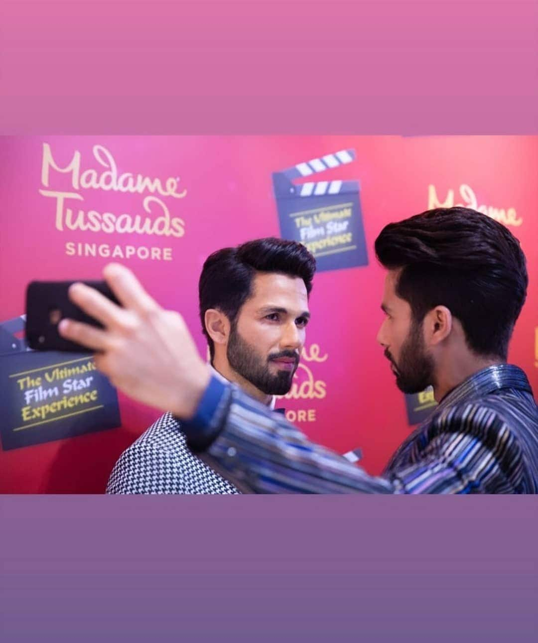 Shahid Kapoor Unveils His Wax Statue At Madame Tussauds Singapore!