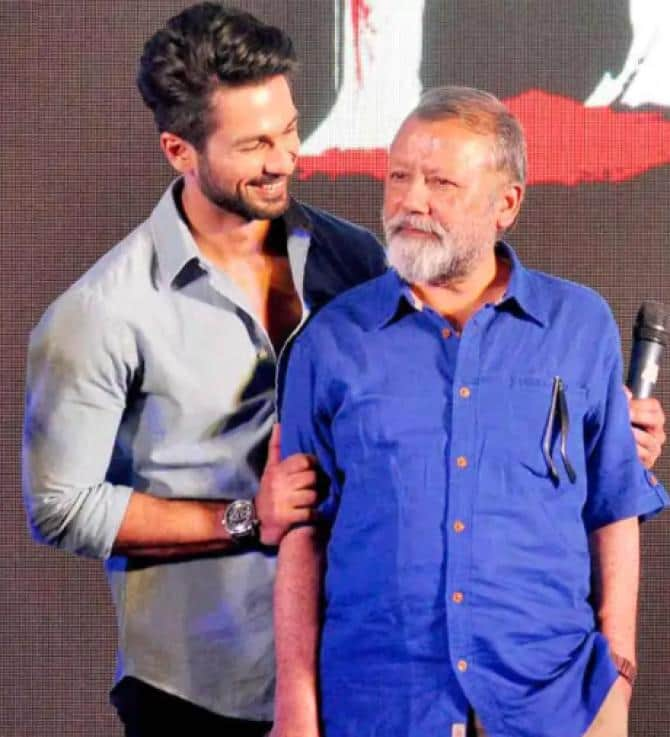 """Pankaj Kapur On Shahid Feeling Nervous About Sharing A Frame With Him: """"If Someone Has To Be Nervous It Should Be Me, Not Him"""""""