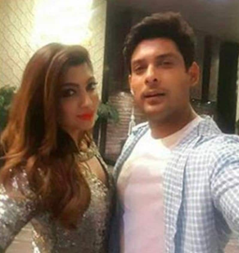 Akanksha Puri Feels Any Girl Who Dates Sidharth Shukla Will Be 'Really Lucky'; Calls Him Sorted And Sensible