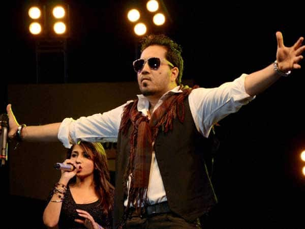 Mika Singh Banned By All India Cine Workers Association After His Karachi Gig