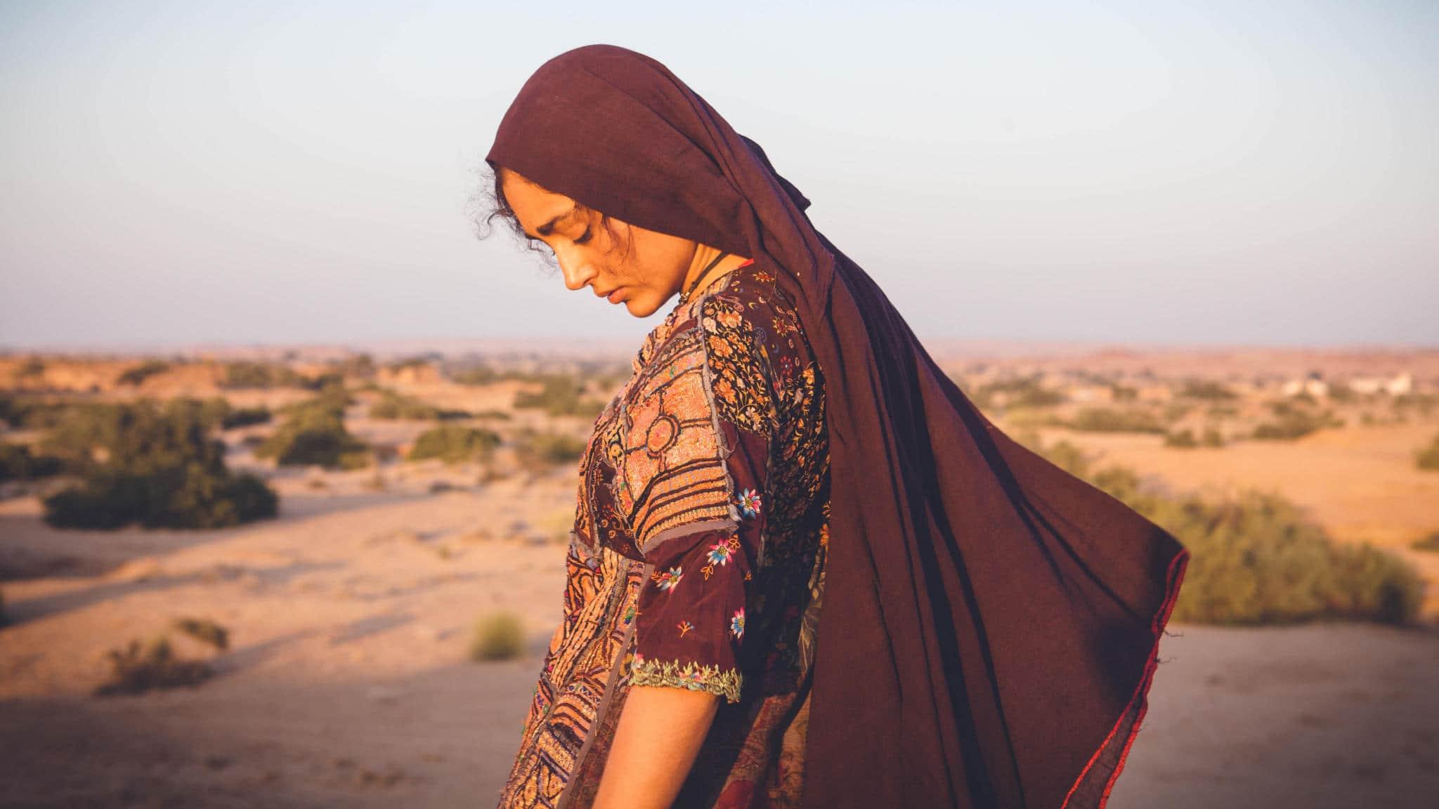 इरफान खान अनूप सिंह की फिल्म में होने वाले थे औरत की तरह तैयार, कॉपन्सेप्ट सुनकर खूब हँसे थे!