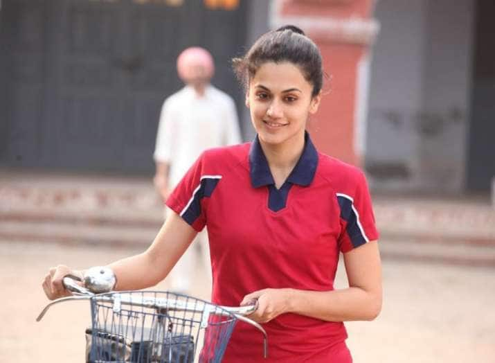 Taapsee Pannu Reveals Aunties Of Her Society Used To Judge Her For Playing Sports With Boys