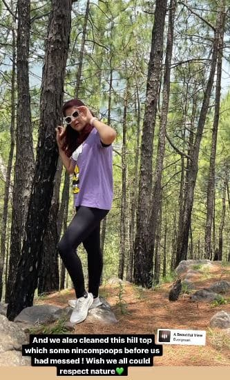 Tahira Kashyap does an impromptu clean up on a hill top during a trek in the mountains of Kasauli