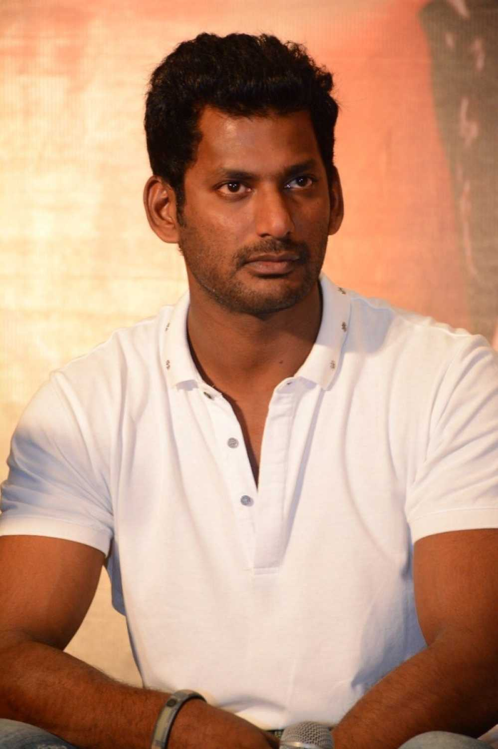 Vishal To Team Up With Director Lakshman?