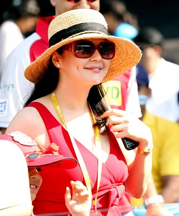 No I'm not selling my stake or settling in the US: Preity Zinta