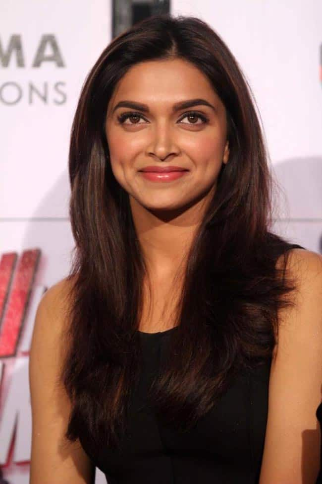 It's Deepika in the air all over!