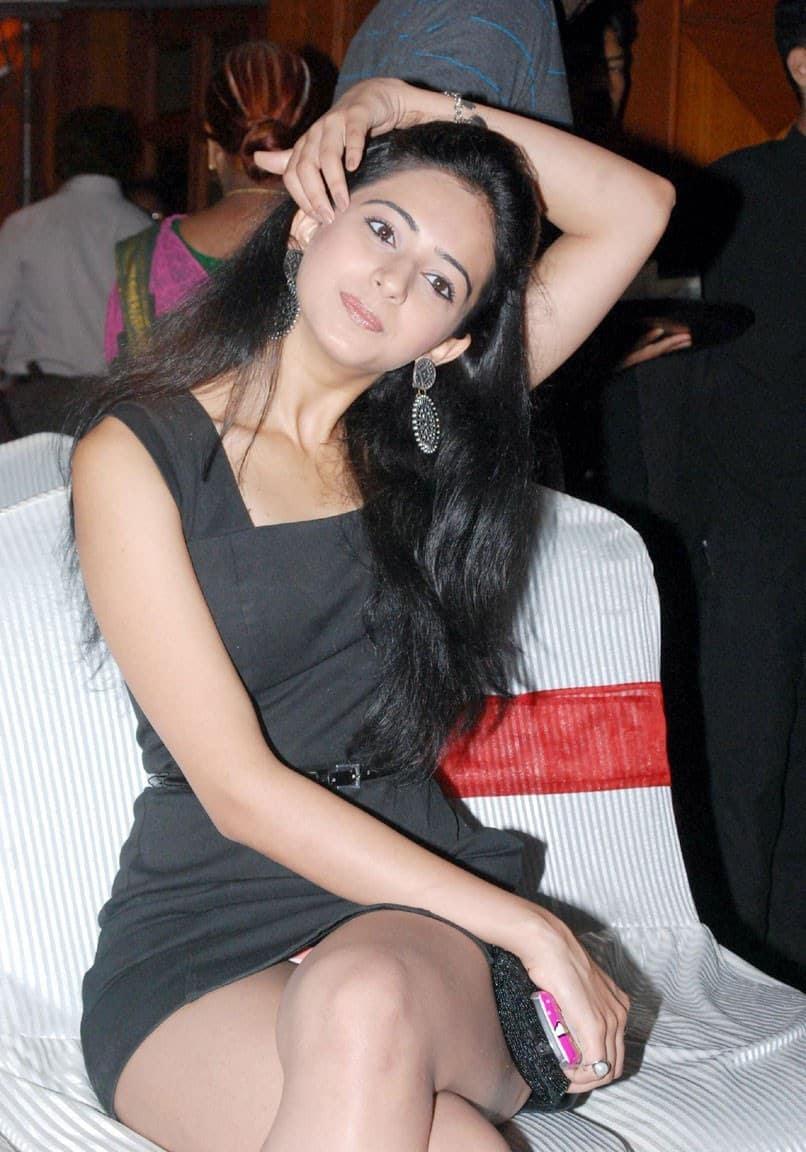Bollywood princess express the dancing ritual 2