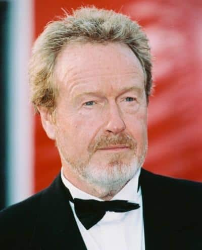 Ridley Scott in discussions to helm The Martian