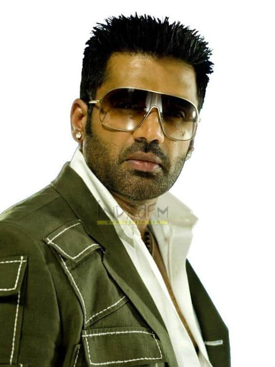 Sunil Shetty accused of cheating producer
