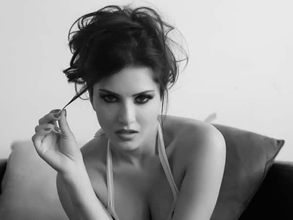 Tina and Lolo: Sunny Leone bruises her ribs in an accident