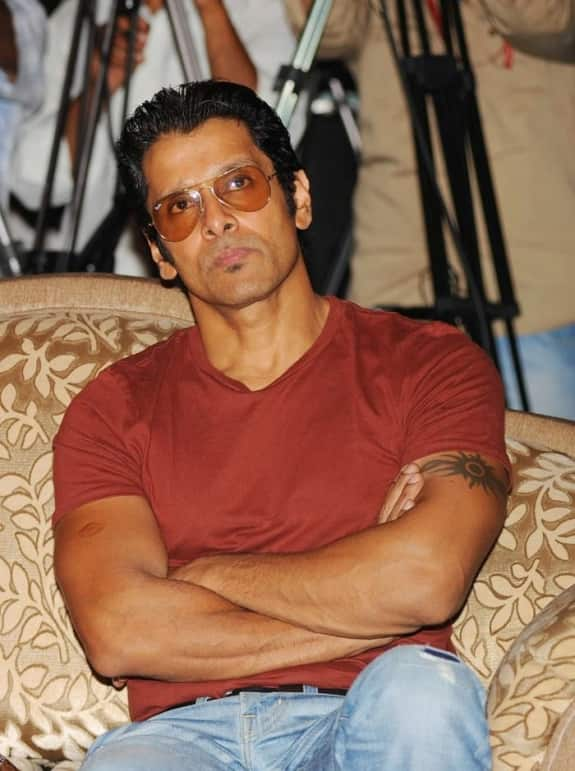 Vikram signs up for a film with director Hari