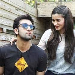 Here's Some Bad News For Ranbir Kapoor And Alia Bhatt Fans!