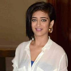 Akshara Haasan To Star In Chiyaan Vikram's Next