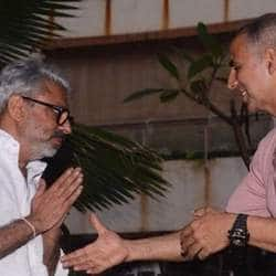 This Is What Sanjay Leela Bhansali Said To Akshay Kumar After He Agreed To Delay Padman
