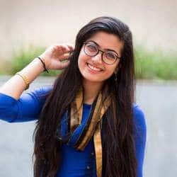 Rashmika Mandanna To Debut In Tollywood With 'Chalo'