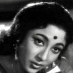 Thankfully, They Thought Of Me While I Am Still Alive: Mala Sinha On Receiving Filmfare Lifetime Achievement Award!
