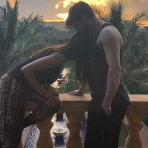 Rohman Shawl Wishes 'Jaan' Sushmita Sen On Her Birthday With A Kiss!