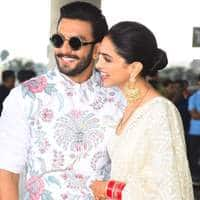 In Pictures: Deepika Padukone And Ranveer Singh Look Picture Perfect As They Leave For Bangalore!